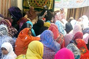 جہلم: منہاج القرآن ویمن لیگ کی دینہ میں میلاد مہم