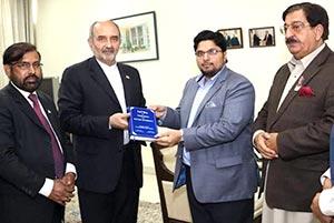 اسلام آباد: ڈاکٹر حسین محی الدین قادری کی ایرانی سفیر مہدی ہنردوست سے ملاقات
