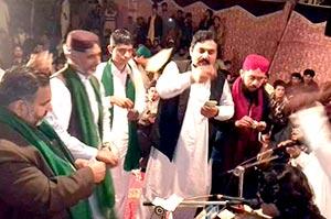 سیالکوٹ: تحریک منہاج القرآن کا آڈھا میں قائد ڈے پر محفل سماع کا انعقاد