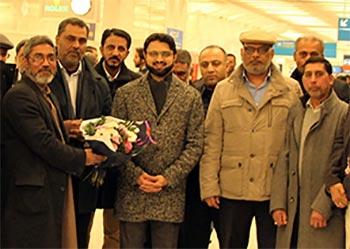 پیرس: ڈاکٹر حسن محی الدین قادری کا اورلی ائیرپورٹ پر استقبال