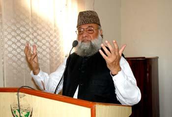 Delicate religious matters should not be discussed publically: Faiz-ur-Rehman  Durrani