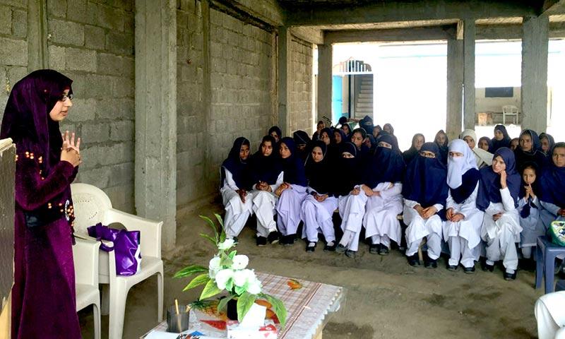 کشمیر: منہاج القرآن ویمن لیگ کا جموں و کشمیر کے تعلیمی ادارہ جات کا دورہ