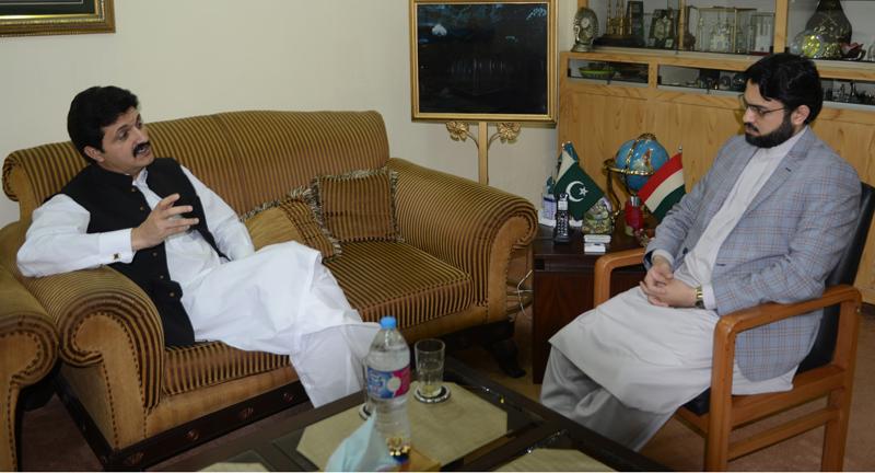 Senior PML-Q leader calls on Dr Hassan Mohi-ud-Din Qadri