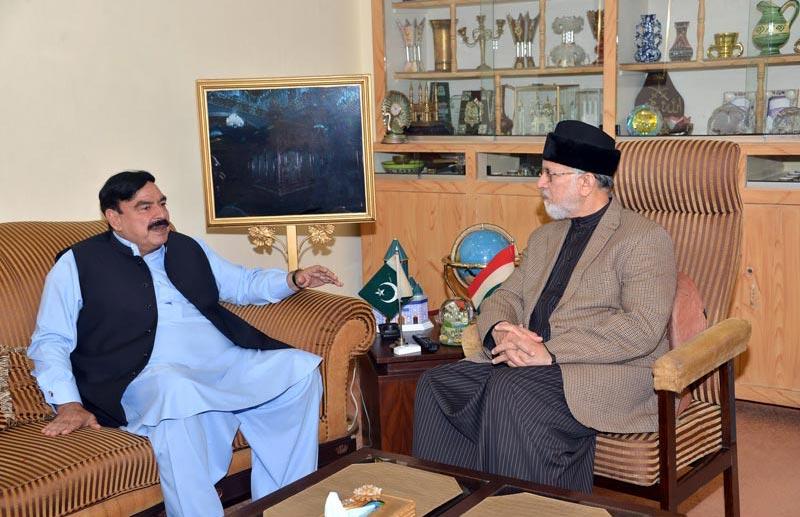 ڈاکٹر محمد طاہرالقادری سے عوامی مسلم لیگ کے سربراہ شیخ رشید کی ملاقات