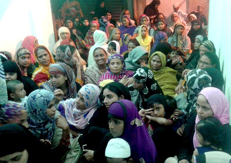 انڈیا: منہاج القرآن ویمن کا کولکتہ کی کچی بستیوں میں 'آئیں دین سیکھیں کورس'  کا اہتمام
