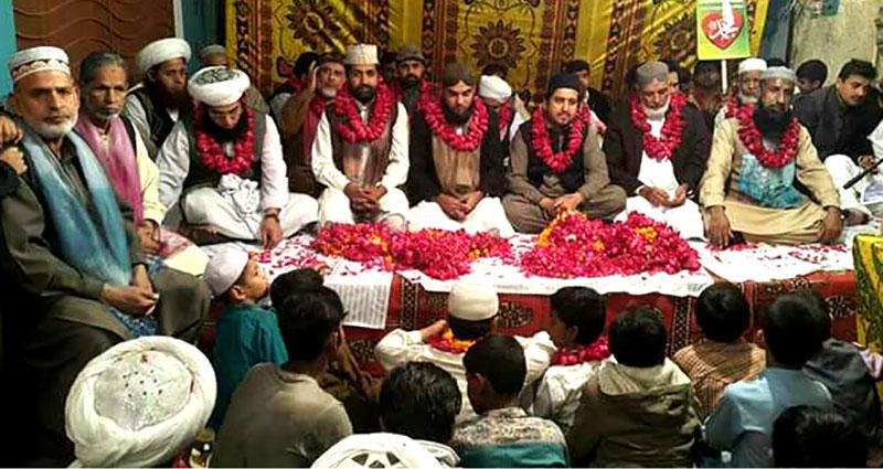 منہاج القرآن لاہور کے زیراہتمام استقبال ربیع الاول  مشعل بردار جلوس