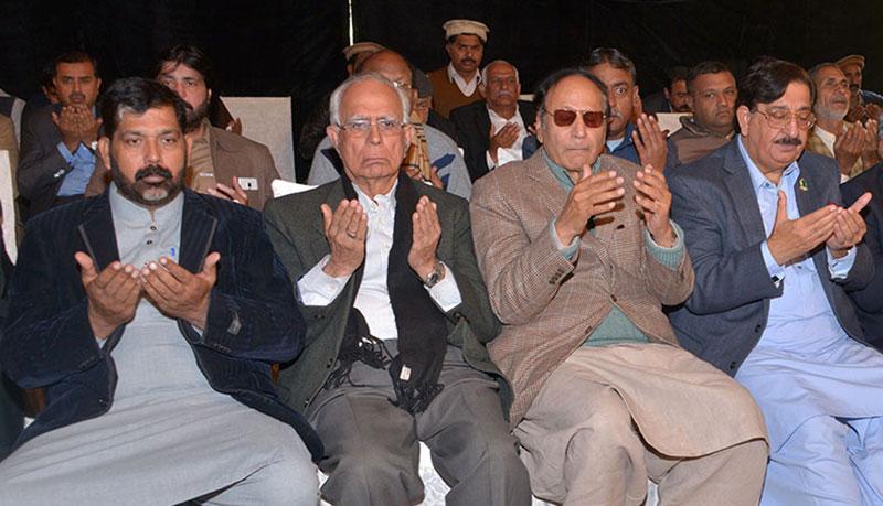عوامی تحریک کے راہنماوں کی چوہدری شجاعت حسین سے تعزیت