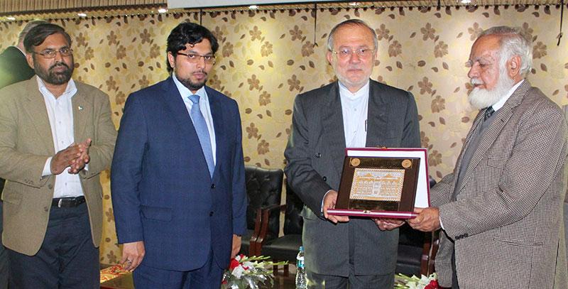 ایرانی قونصل جنرل لاہور کا منہاج یونیورسٹی کا دورہ