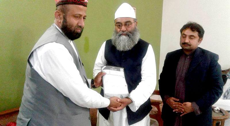 سکھر: تحریک منہاج القرآن کے وفد کی ڈہرکی میں آستانہ عالیہ بھرچونڈی کے سجادہ  نشین سے ملاقات
