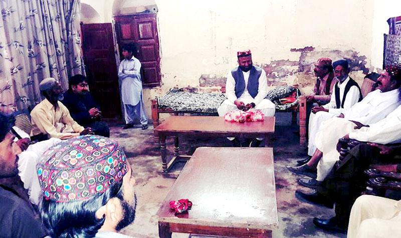 گھوٹکی: تحریک منہاج القرآن کے وفد کی گھوٹکی میں پیر سید زاہد حسین شاہ سے ملاقات