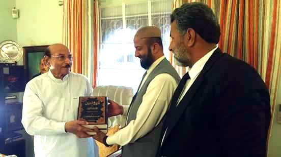 مخدوم ندیم احمد ہاشمی کی سابق چیف منسٹر سندھ سید قائم علی شاہ سے ملاقات