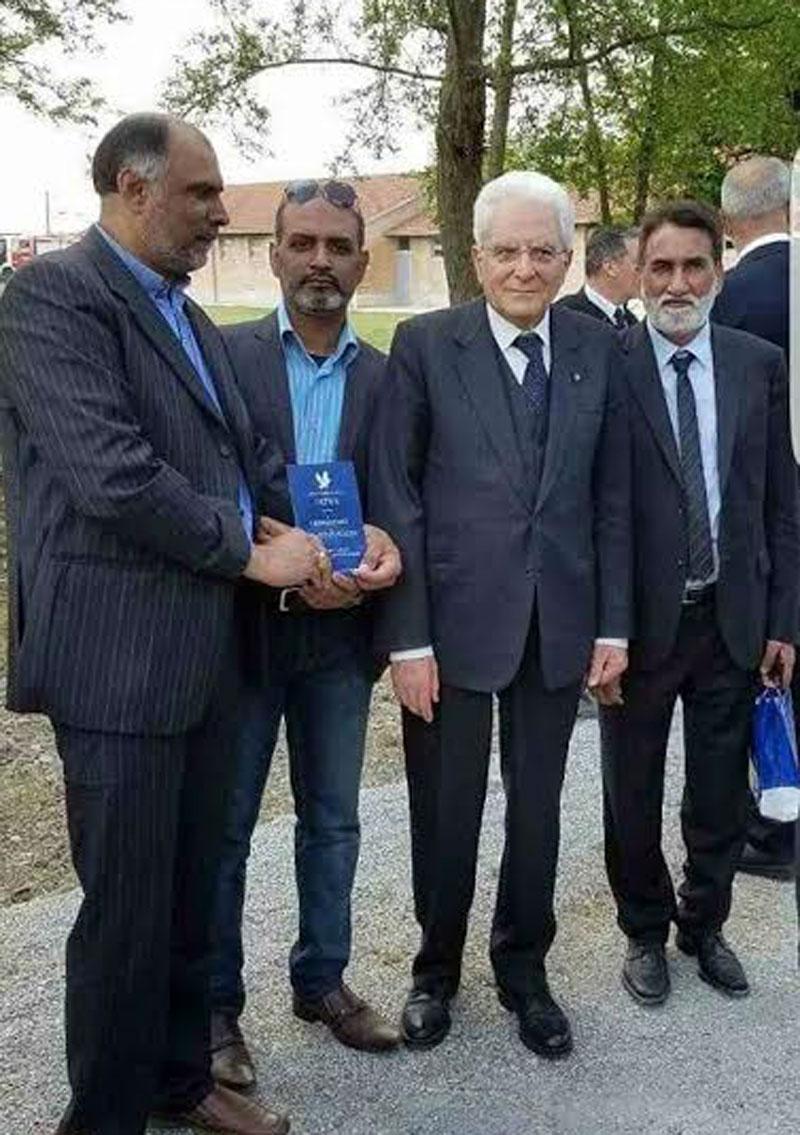 اٹلی: صدر سیرجو ماتاریلا کو دہشت گردی کے خلاف ڈاکٹر طاہرالقادری کے فتویٰ کی کتاب کا  تحفہ