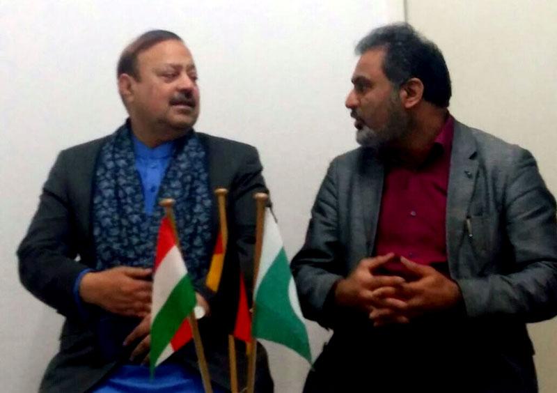 جرمنی: بیرسٹر سلطان محمود کا منہاج القرآن انٹرنیشنل سنٹر برلن کا دورہ