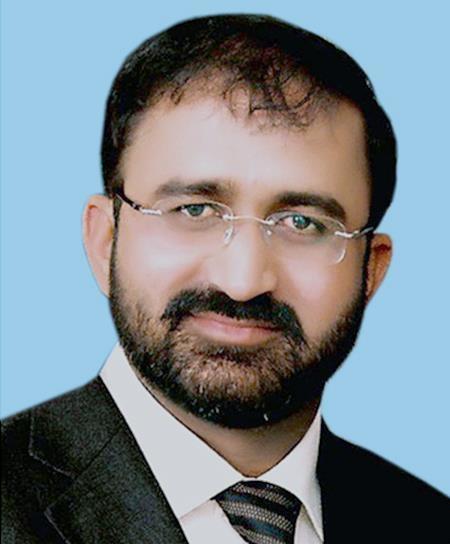 عمر ریاض عباسی سے عوامی تحریک اور منہاج القرآن کے تمام عہدے واپس