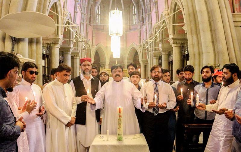 منہاج القرآن اور کیتھڈرل چرچ میں خصوصی تقریب، مانچسٹر خود کش دھماکہ کی مذمت