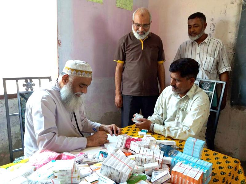 کراچی: منہاج ویلفیئر فاؤنڈیشن کے تحت سرجانی ٹاؤن میں فری میڈیکل کیمپ
