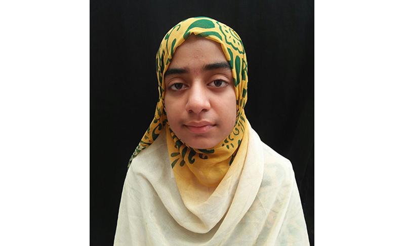 حافظہ ماریہ مجید دختر ناظم علماء کونسل واہگہ ٹاؤن کا ساڑھے تین ماہ میں قرآن مجید حفظ کرنے کا ریکارڈ