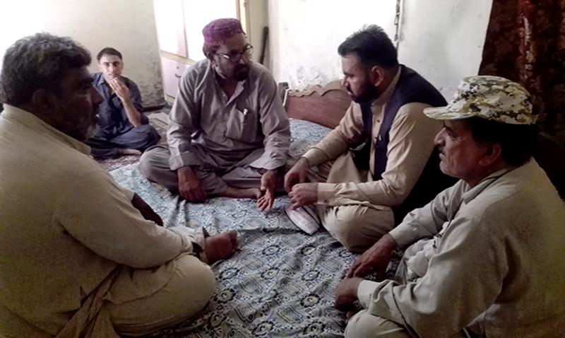 راجن پور: سابق صدر تحصیل روجھان سردار شاہد خان مزاری کی عیادت
