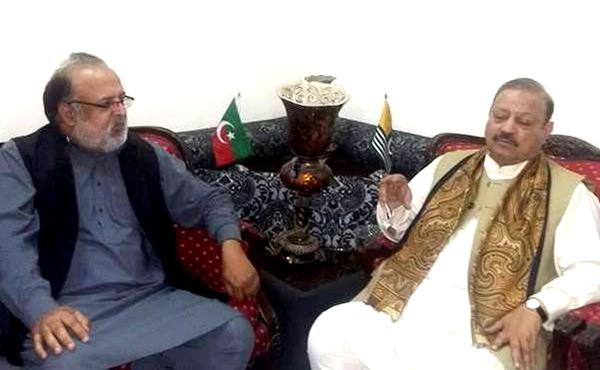 جموں کشمیر عوامی تحریک کے قائدین کی بیرسٹر سلطان محمود سے ملاقات