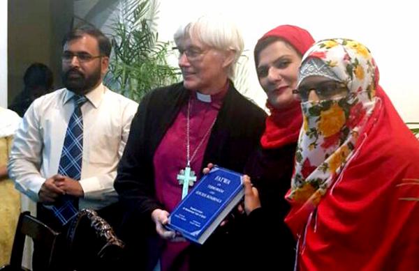 سویڈن کی آرچ بشپ ریورنڈ آنتجے جیکولن کی منہاج القرآن کے رہنما سہیل  احمد رضا سے ملاقات