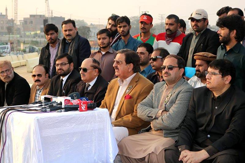 مینار پاکستان کے سبزہ زار میں منعقدہ ''تاجدارِ ختم نبوت کانفرنس'' میں لاکھوں عشاقان مصطفی شریک ہونگے