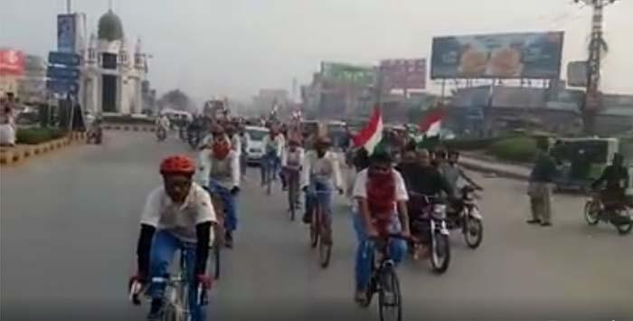 ضرب امن و تبدیلی نظام سائیکل کارواں کا گجرات میں استقبال