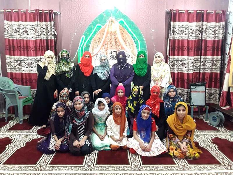 منہاج القرآن ویمن لیگ جہلم کے زیراہتمام فن قرآت و نعت کورس