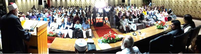قرآن و سنت کی تعلیمات کو درست معنوں کے ساتھ عام آدمی تک نہیں پہنچایا گیا: ڈاکٹر عبد الصمد محمد مھنا