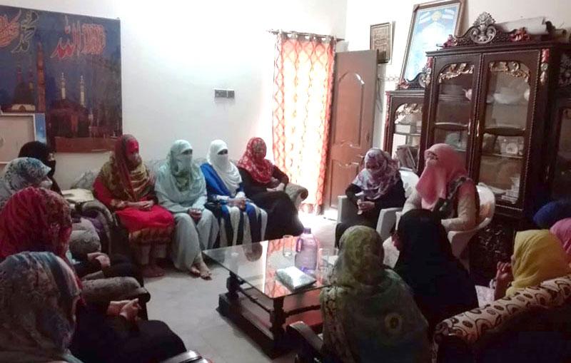 عرفان القرآن کورس کی سکالرز کے اعزاز میں پارٹیز