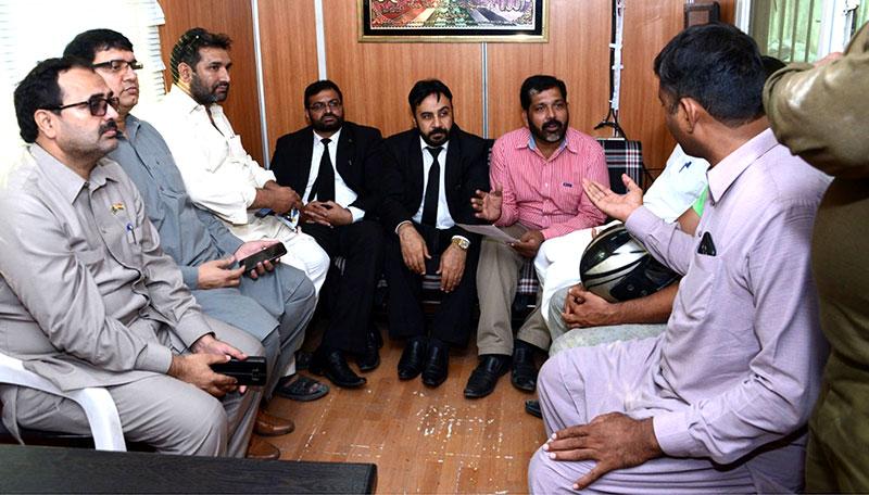 سانحہ ماڈل ٹاؤن کیس: عوامی تحریک کے رہنما ساجد بھٹی اور تنویر اعظم تھانہ فیصل ٹاؤن پیش
