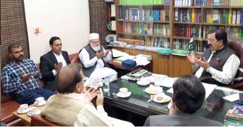 میاں منظور وٹو، لیاقت بلوچ، چوہدری سالک حسین کی خرم نواز گنڈا پور سے ملاقات اور منہاج موبائل کلینک کا دورہ
