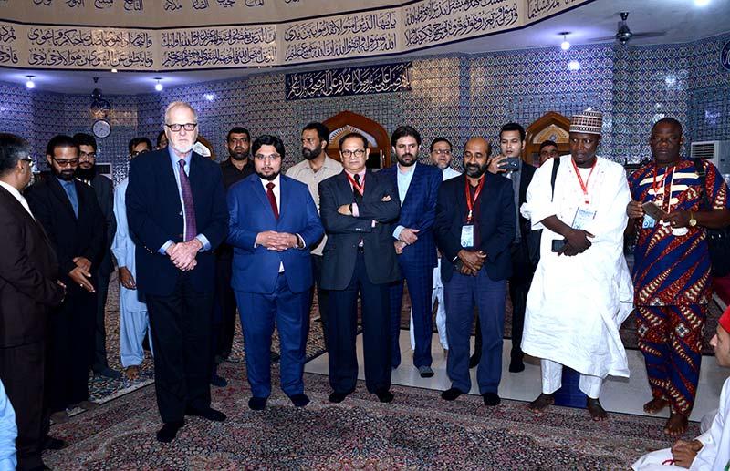 منہاج یونیورسٹی لاہور کی انٹرنیشنل کانفرنس میں شریک اسکالرز کا مرکزی سیکرٹریٹ کا وزٹ