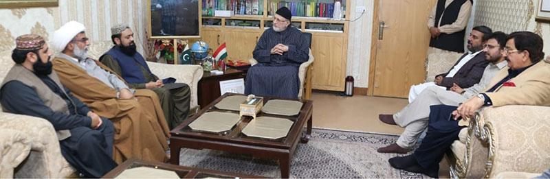 مجلس وحدت المسلمین کے سربراہ کی وفد کے ہمراہ ڈاکٹر طاہرالقادری سے رہائش گاہ پر ملاقات