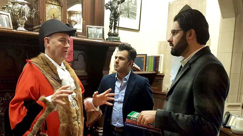 علامہ قاسم الازھری کی نارتھمپٹن کے مئیر ٹونی اینسیل اور ڈپٹی مئیر ناظم چوھدری سے ملاقات