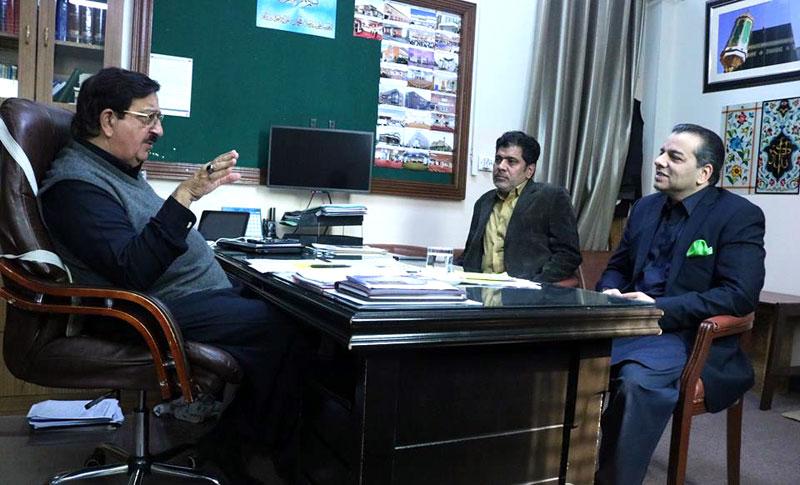 صوبائی وزیر تعلیم ڈاکٹر مراد راس کی سیکرٹری جنرل عوامی تحریک خرم نواز گنڈاپور سے ملاقات