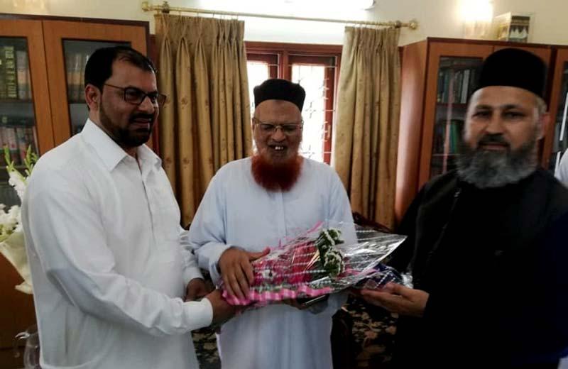 ڈاکٹر طاہرالقادری کی ہدایت پر منہاج القرآن کے وفد کی مفتی تقی عثمانی سے ملاقات