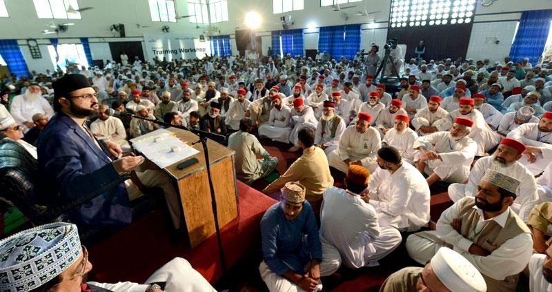 شہر اعتکاف میں جمعۃ الوداع کا عظیم الشان اجتماع، پاکستان کیلئے دعائیں