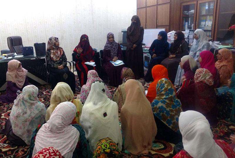 Mrs. Fizza Hussain Qadri spends a day at Women Itikaf City
