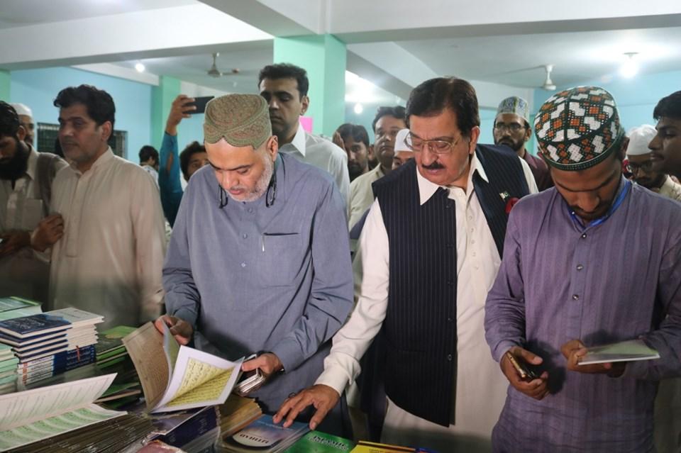 صوبائی وزیر اطلاعات سید صمصام شاہ بخاری کا شہر اعتکاف کا دورہ