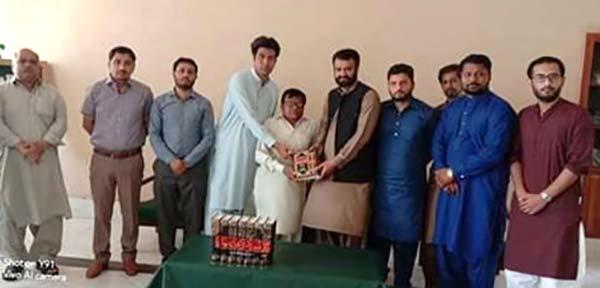 منہاج یوتھ لیگ جہلم کے وفد کی ڈپٹی ڈائریکٹر کالجز محمد نذیر چوہدری سے ملاقات