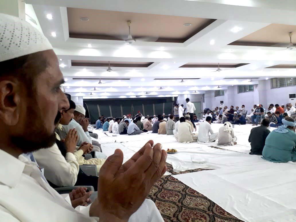 منہاج القرآن کے رہنماء میاں ممتاز کے بیٹے رضاالمصطفیٰ کی قل خوانی، شیخ الاسلام ڈاکٹر محمد طاہرالقادری نے دعا کرائی