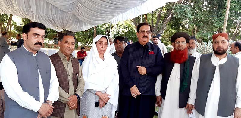 خرم نواز گنڈاپور کی ناہید خان کے بھائی کے انتقال پر اظہار تعزیت و دعائیہ تقریب میں شرکت