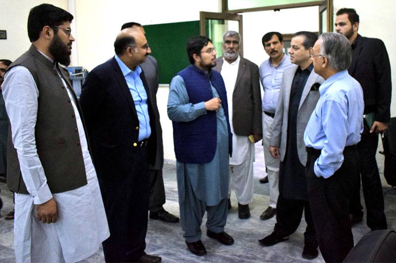 صوبائی وزیر ڈاکٹر مراد راس کا منہاج یونیورسٹی لاہور کا دورہ