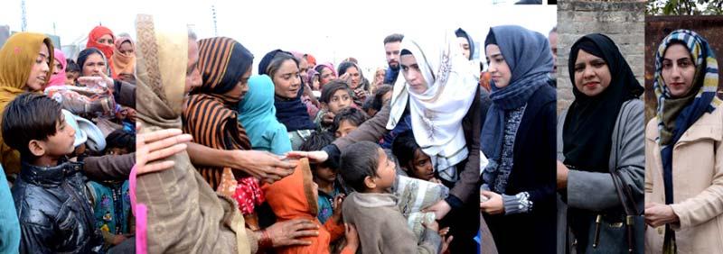 لاہور: ایگرز کے زیراہتمام مستحق خاندانوں کے بچوں میں گرم کپڑوں کی تقسیم