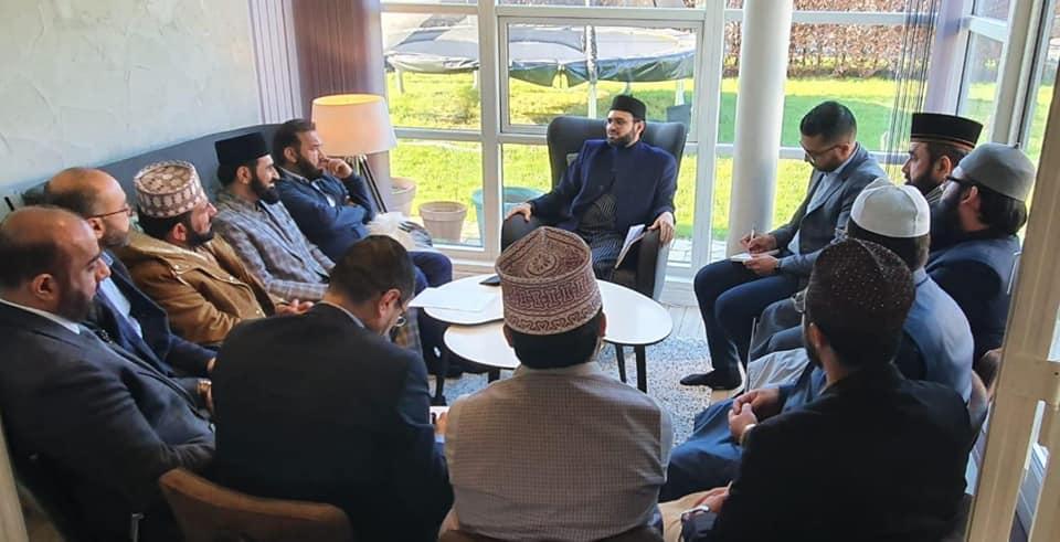 عالم اسلام کے حالات سائنس، طب، آئی ٹی ایکسپرٹ بدل سکتے ہیں: ڈاکٹر حسن محی الدین قادری