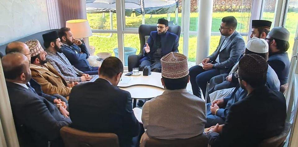Executive members of MQI Denmark meet Dr Hassan Mohi-ud-Din Qadri