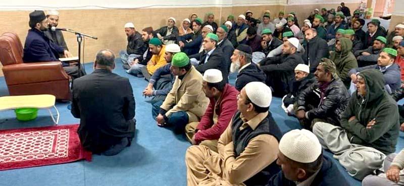 سپین: ڈاکٹر حسن محی الدین قادری کا جمعۃ المبارک کے اجتماع سے خطاب