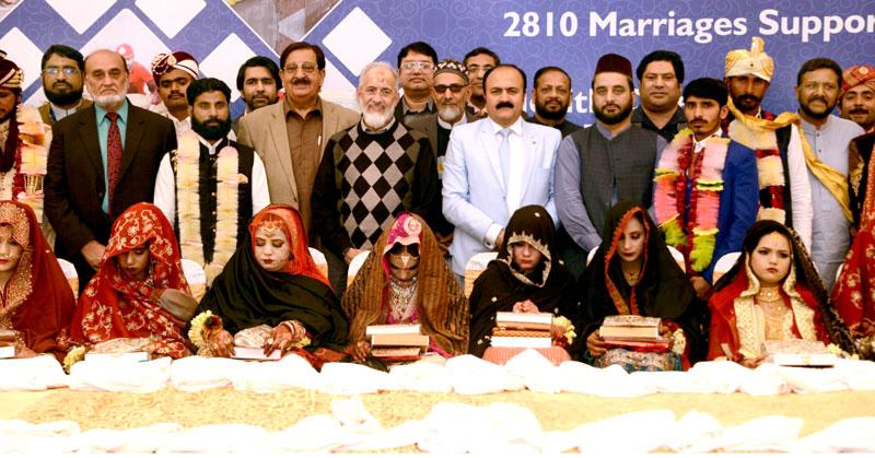 صاحب حیثیت غریب بچیوں کی شادی کے اخراجات کا بوجھ بانٹیں: ڈاکٹر طاہرالقادری