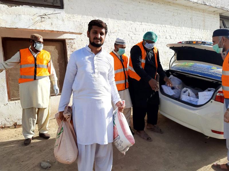 رحیم یارخاں اے: منہاج ویلفیئر فاؤنڈیشن کی جانب سے راشن پیکجز کی تقسیم