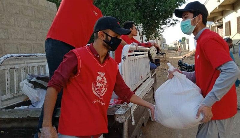 کراچی: منہاج ویلفیئر فاؤنڈیشن کی جانب سے راشن پیکجز کی تقسیم
